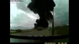 Ужасное падение самолета