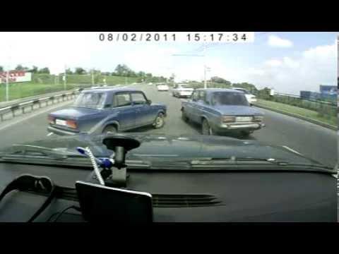 Авария на ул. Белинского Красноярск.