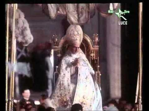 Paul VI and Sedia Gestatoria