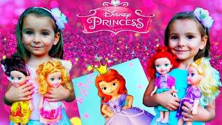 ВЛОГ Ищем Куклы Принцессы Диснея в ПАРКЕ  Видео для ДЕТЕЙ