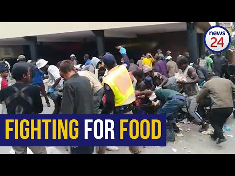 WATCH | Coronavirus: Chaos Erupts At Makeshift Shelter In Tshwane For Homeless Over Food Shortages