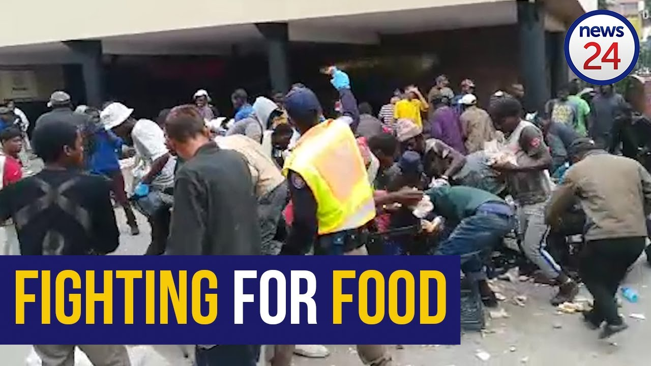 WATCH | Coronavirus: Chaos erupts at makeshift shelter in Tshwane for homeless over food shortages - News24
