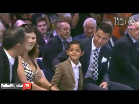 La broma de Cristiano Ronaldo a su hijo que hizo reír al público en su homenaje