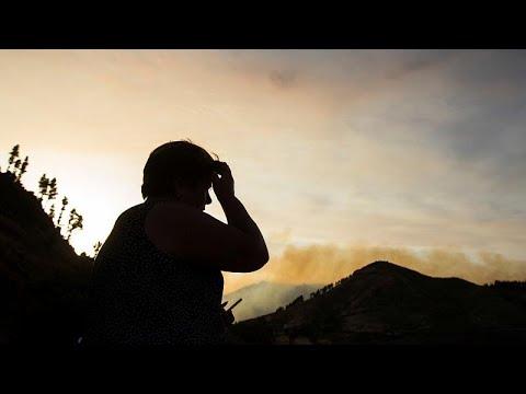 Incêndio na ilha de Gran Canária faz quatro mil desalojados