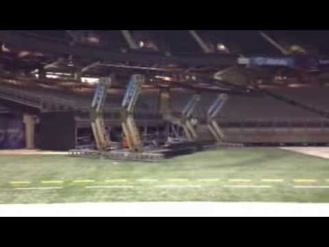 Z-Lift arms at Super Bowl Lowering during construction