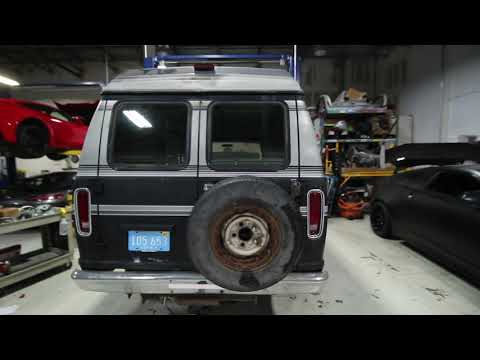 New Old Parts Project Vehicle - Ford E-150 Club Wagon Econoline Van 3rd  generation part1