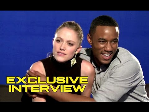 Maika Monroe and Jessie Usher Exclusive Interview for INDEPENDENCE DAY: RESURGENCE