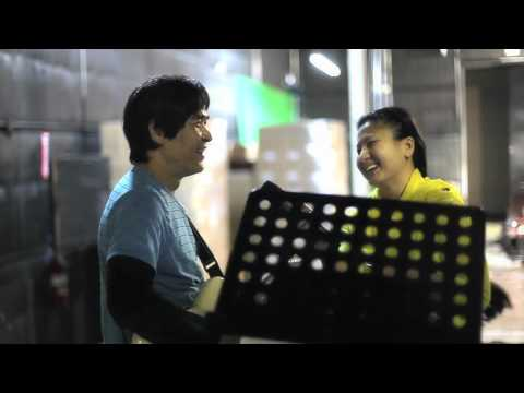 ASIA ONLINE : Trúc Hồ và ca sĩ ASIA tập nhạc (2012 clip)