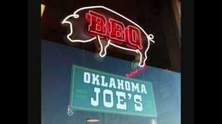 Adam Carolla reviews the Z-Man Special at Oklahoma Joe's BBQ
