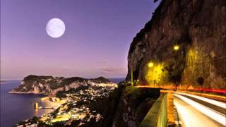 Sorrento Moon