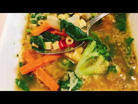 Pesto Vegetable Soup// DONE IN 15 MINUTES-PERFECT FOR FALL