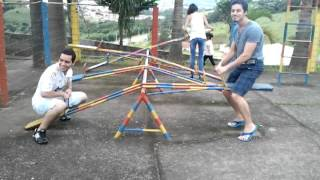 Voltando a ser criança no parquinho - Back to childhood at playground