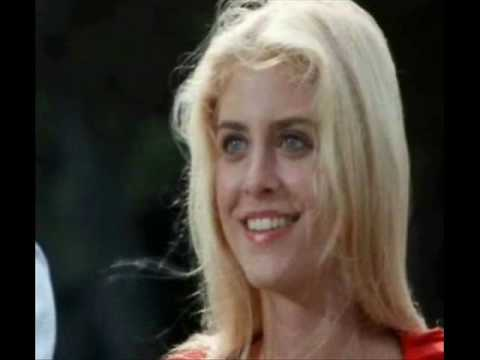 helen slater supergirl 1984