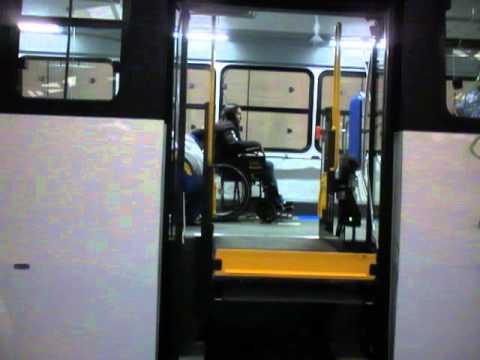 Autobs para Discapacitados con elevador Braun  YouTube
