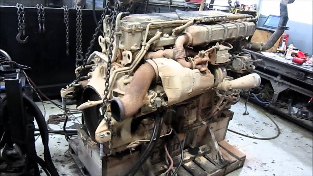 2011 Detroit Diesel DD15 Engine Running