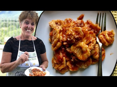 Pasta Grannies discover really tricky pasta to make: gnocchi ricci!