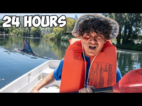 Surviving 24 Hours On A Lake - Challenge