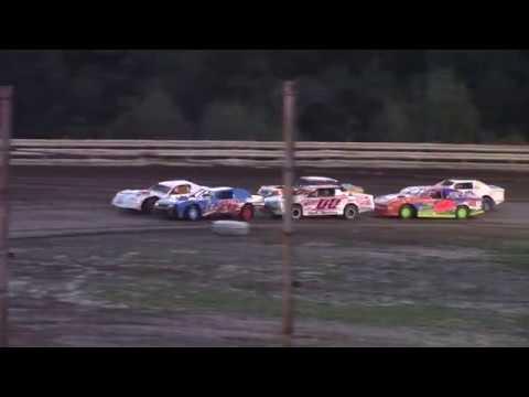 Hummingbird Speedway (9-1-18): Sunny 106.5 FM Pure Stock Heat Race #2