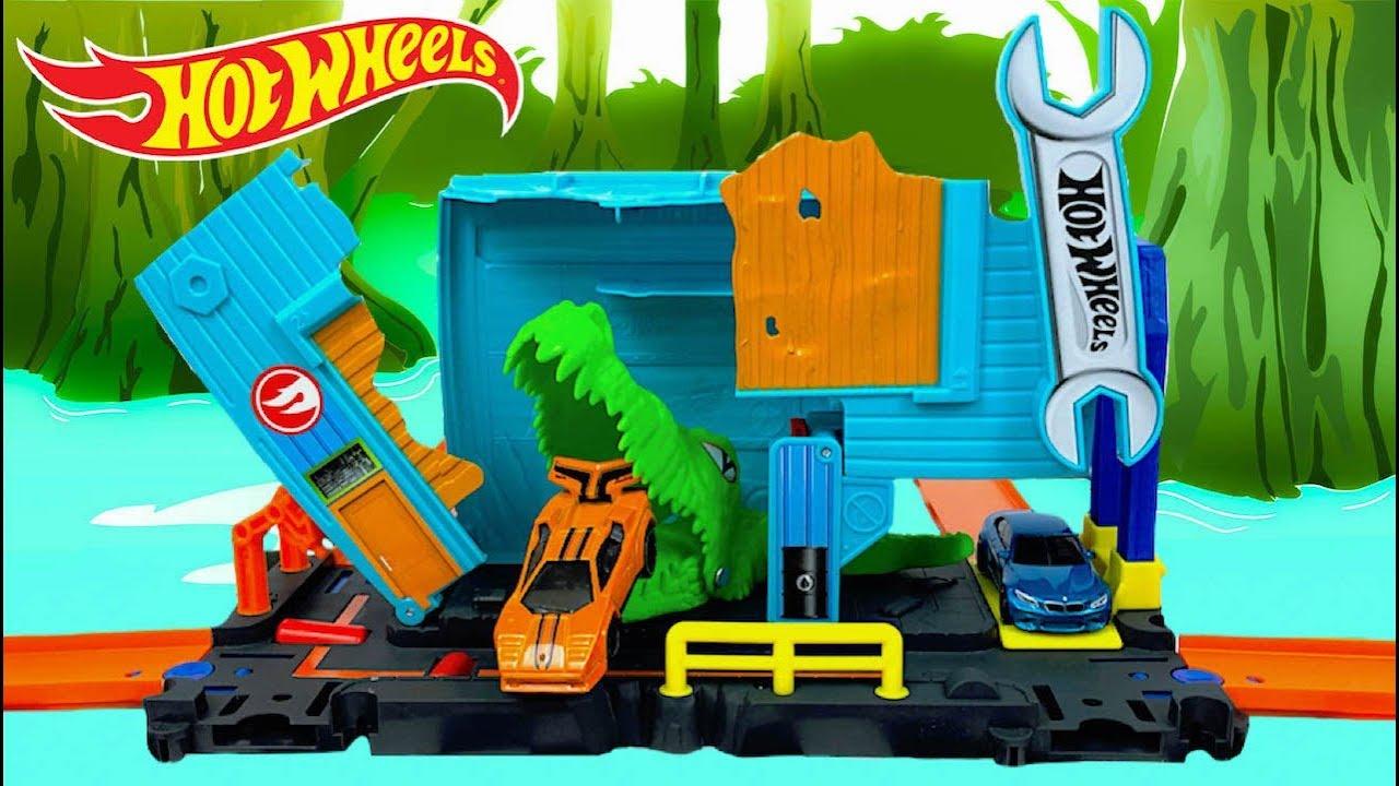 New Hot Wheels City Gator Garage Attack Play Set! - YouTube