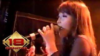 Yuni - Goblok  (Live Konser Jember 22 Agustus 2006)