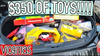 First Snow & BUYING $350 OF TOYS | Vlogmas Day 12