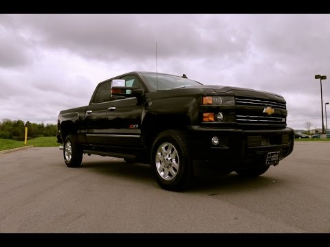 chevy silverado 3500hd ltz sport package blacked out z71 durmax first look 855 507. Black Bedroom Furniture Sets. Home Design Ideas