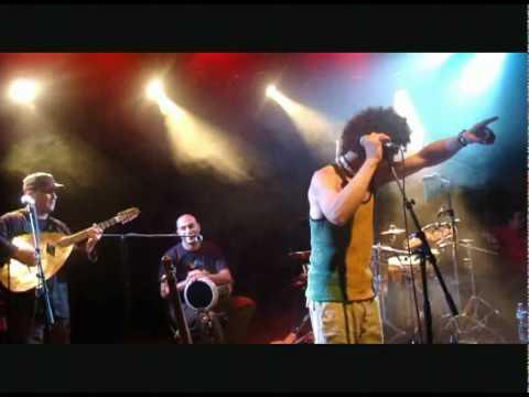 Amazigh KATEB (LIVE TAMANOIR 2010) - Babeloued (By Snakeyez)