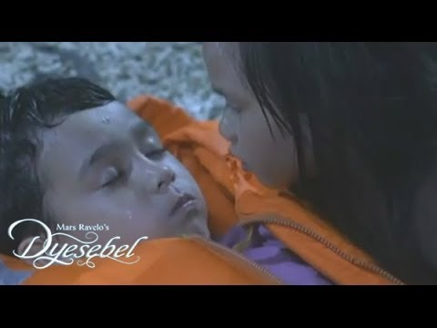DYESEBEL Episode : Dyesebel saves Fredo - YouTube