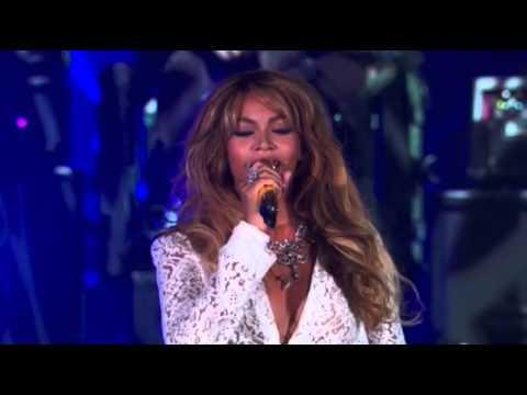 Beyoncé & JAY Z perform live at the Global Citizen Festival (09/27)