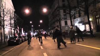 Critical Mass LA SOLIDARITÉ EST NOTRE SEULE ARME 25 février 2011