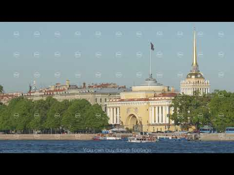 ST PETERSBURG, RUSSIA: Admiralty building and the Neva river in the summer
