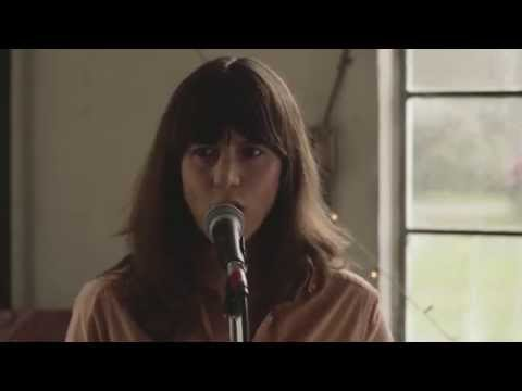 Eleanor Friedberger - He Didn't Mention His Mother (Official Music Video)