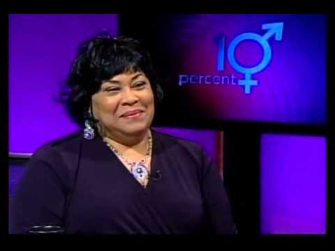 """David Perry interviews iconic singer and """"disco diva"""" Martha Wash"""
