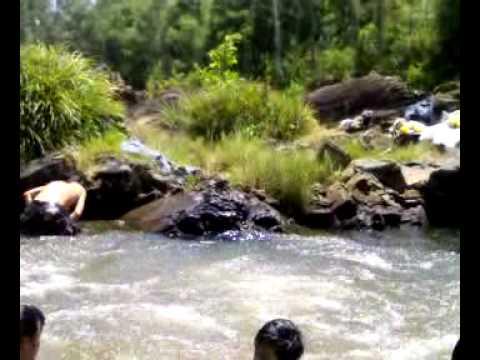 Tắm Suối ở Tam Xuân 2