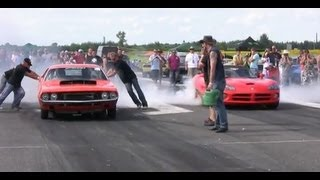 █▬█ █ ▀█▀ Dodge Challenger Vs. Dodge Viper Drag Race