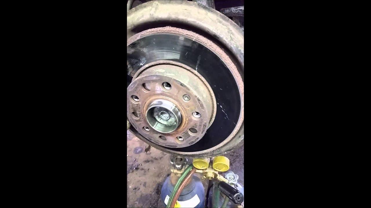 Voltswagon Jetta Rear Wheel Bearing Youtube