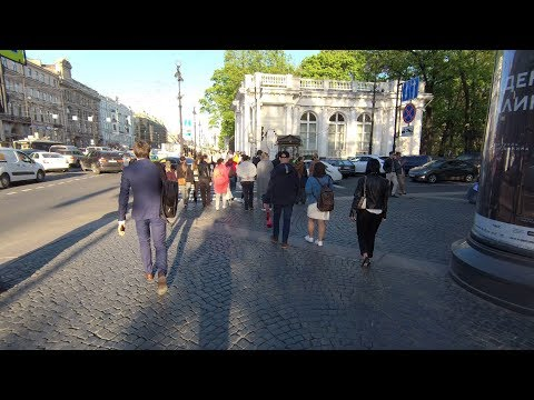 Вечерний Невский. Май 2019.