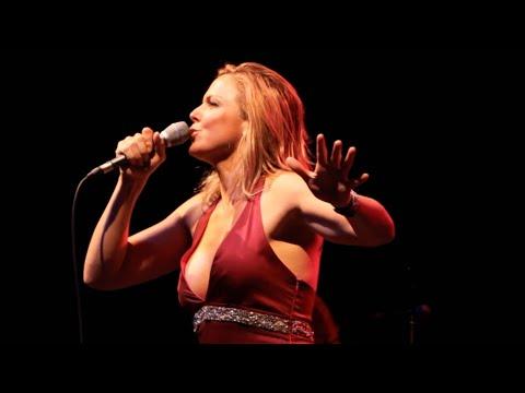 Pink Martini (with singer Storm Large) - Brasil