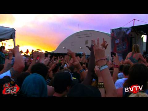 """3OH!3 - """"My First Kiss (Feat. Ke$ha)"""" Live in HD! at Warped Tour 2010"""