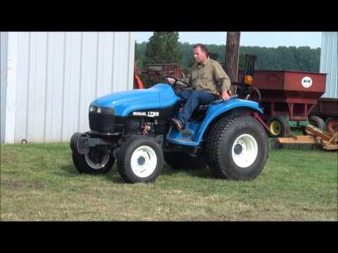Lot 10. Ford New Holland 1725 Tractor. 3 Cylinder diesel