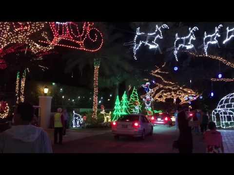 Snug Harbor Palm Beach Gardens Florida Christmas lights