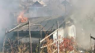 Дом горит на Западном