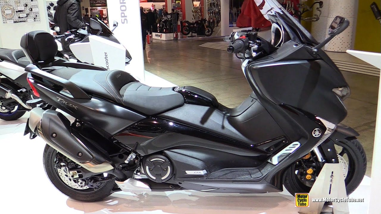 2017 yamaha tmax 530 dx walkaround debut at 2016 eicma. Black Bedroom Furniture Sets. Home Design Ideas