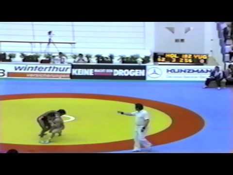 1991 European Greco Championships: 62 kg Tofik Elfallah (HOL) vs. Bela Rewko (YUG)