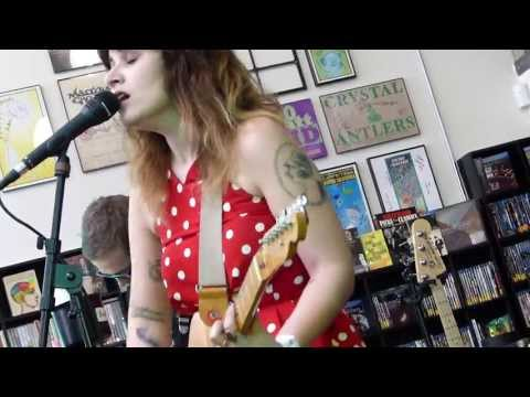 Best Coast - Summer Mood LIVE HD (Record Store Day 2013) Long Beach Fingerprints