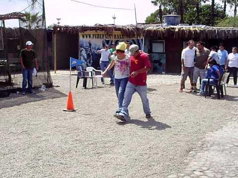 juego de carrera de tres pies