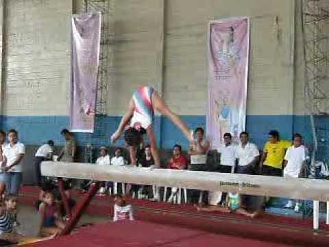 Gimnasia Artistica Albita Quizhpe Morocho 9 años