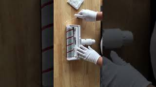 How to Cleaning Rollers of Dreame Vacuum Rolling Brush screenshot 5