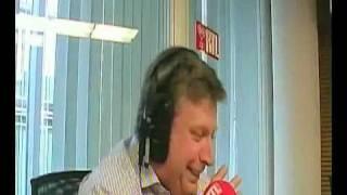 Mardi 15 juin 2010 - Bart de Wever Iguane - Votez pour moi - Bel RTL Comédie.wmv