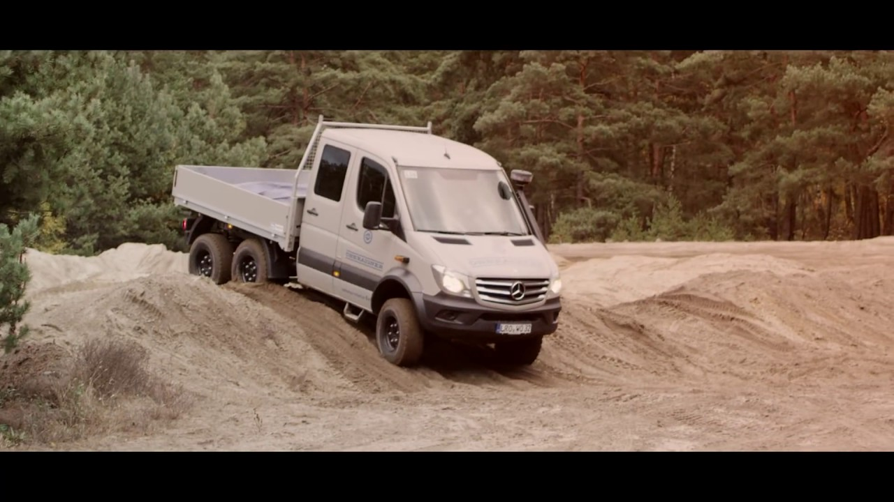 unimog vs sprinter 6x6 offroad battle of the giants. Black Bedroom Furniture Sets. Home Design Ideas